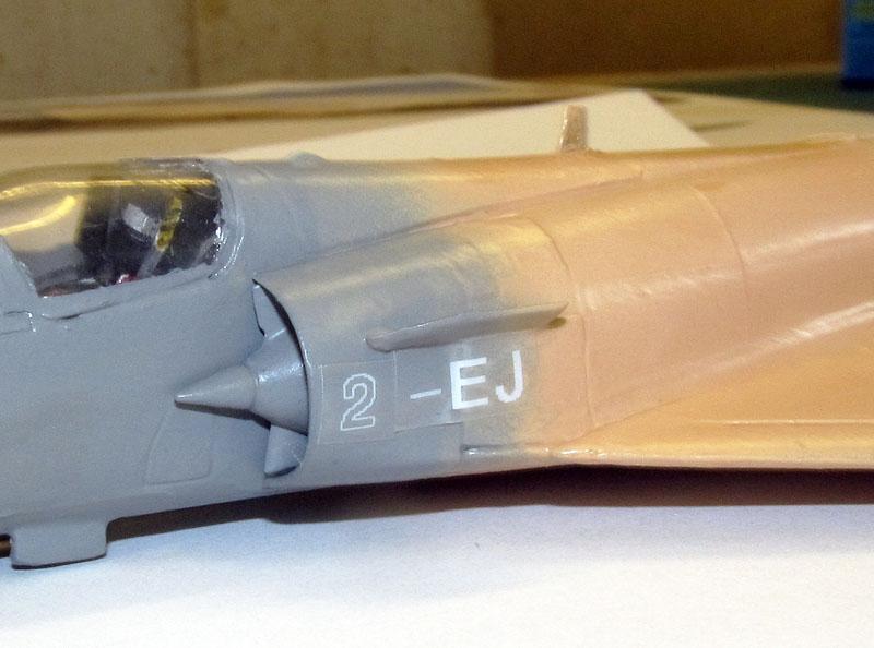 """Mirage 2000-5 """"Vieux Charles"""" au 1/72 17072706083418121215174616"""