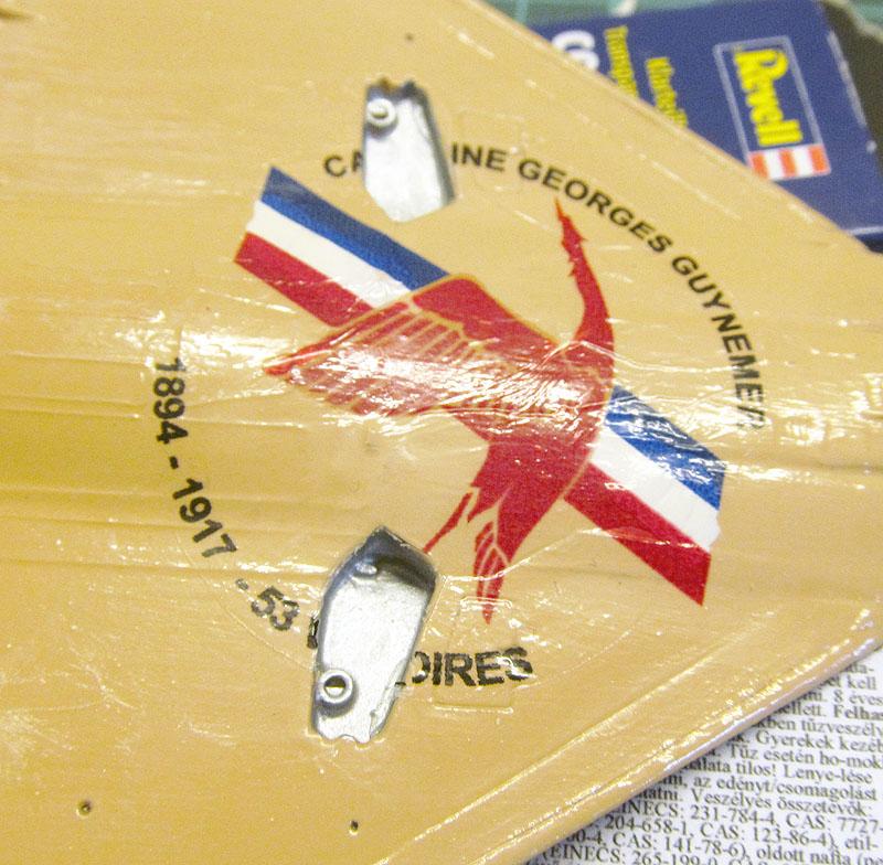 """Mirage 2000-5 """"Vieux Charles"""" au 1/72 17073103531818121215182165"""