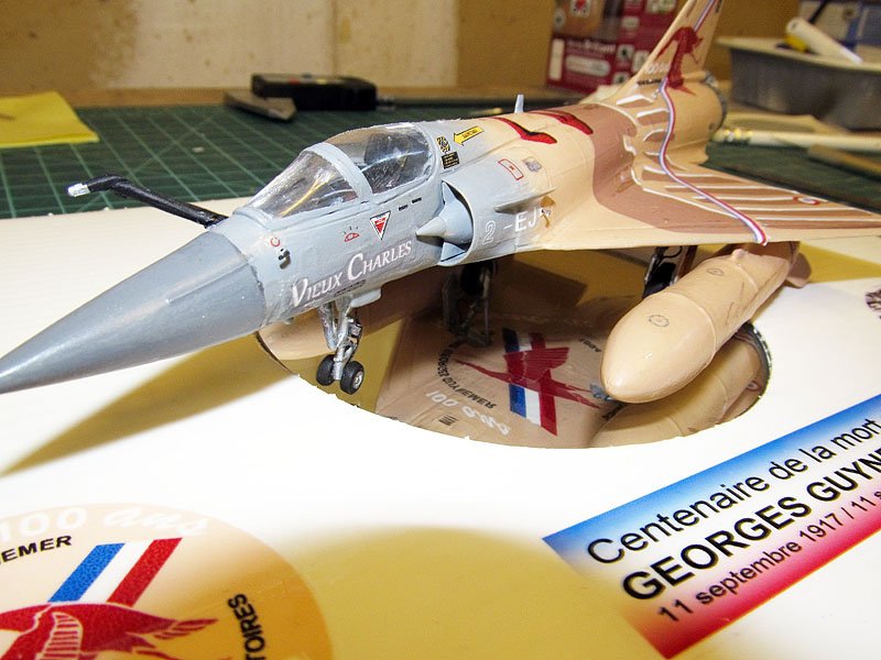 """Mirage 2000-5 """"Vieux Charles"""" au 1/72 17080608490918121215204317"""