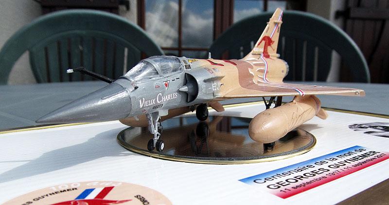 """Mirage 2000-5 """"Vieux Charles"""" au 1/72 17080805492118121215208574"""