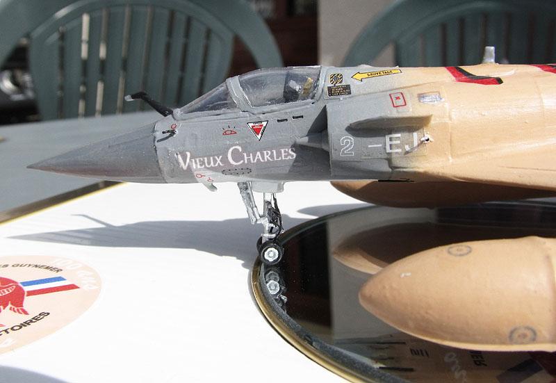 "Mirage 2000-5 ""Vieux Charles"" au 1/72 - Page 2 17080805492318121215208576"