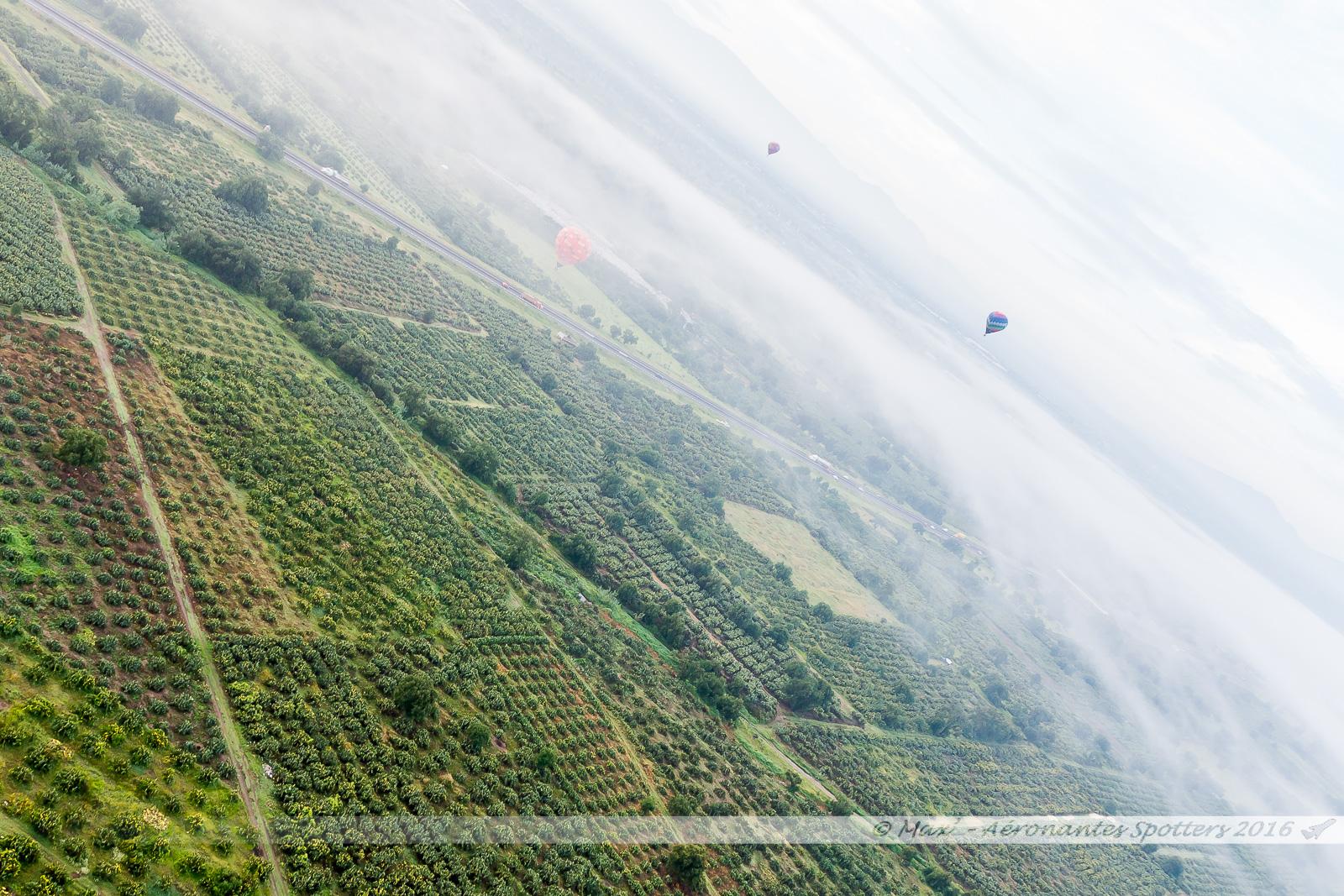 Montgolfière à Teotihuacan 17080902130523197615209588