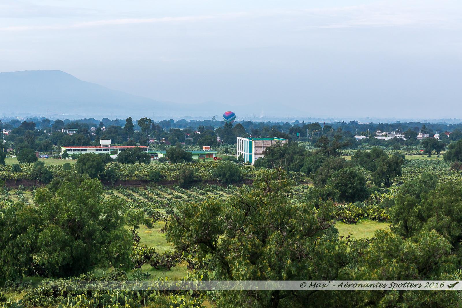 Montgolfière à Teotihuacan 17080902135623197615209596