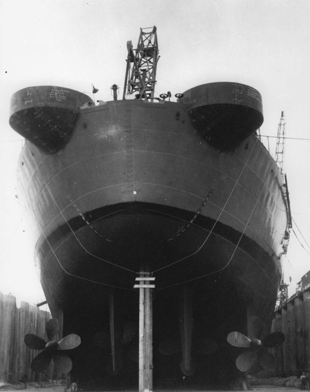 USS United States (CV-58) au 700e : le porte-avions géant qui n'a jamais vu le jour 17081311574823134915219487