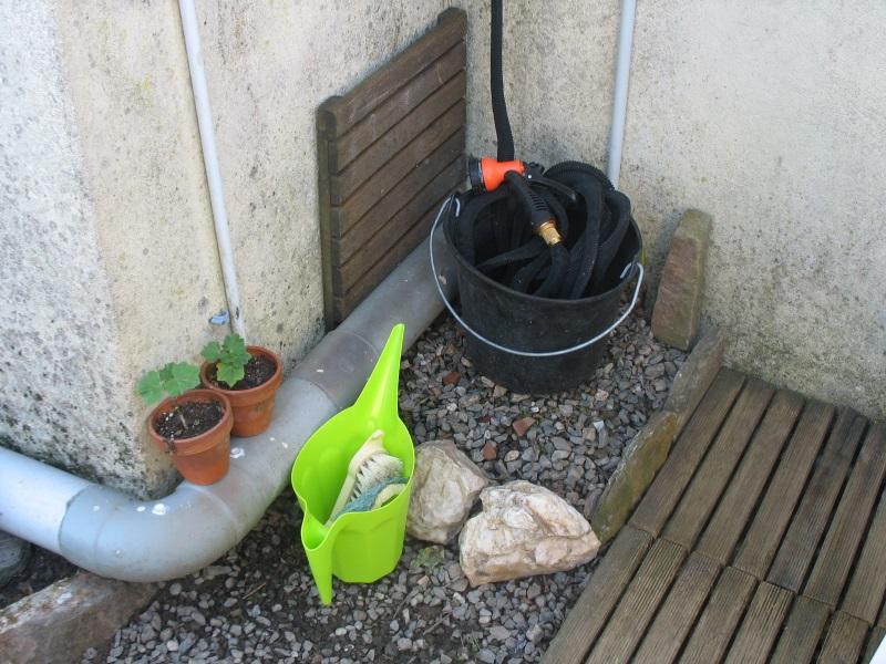 Au Pied de la Fontaine - Page 2 17082205134921150515234061