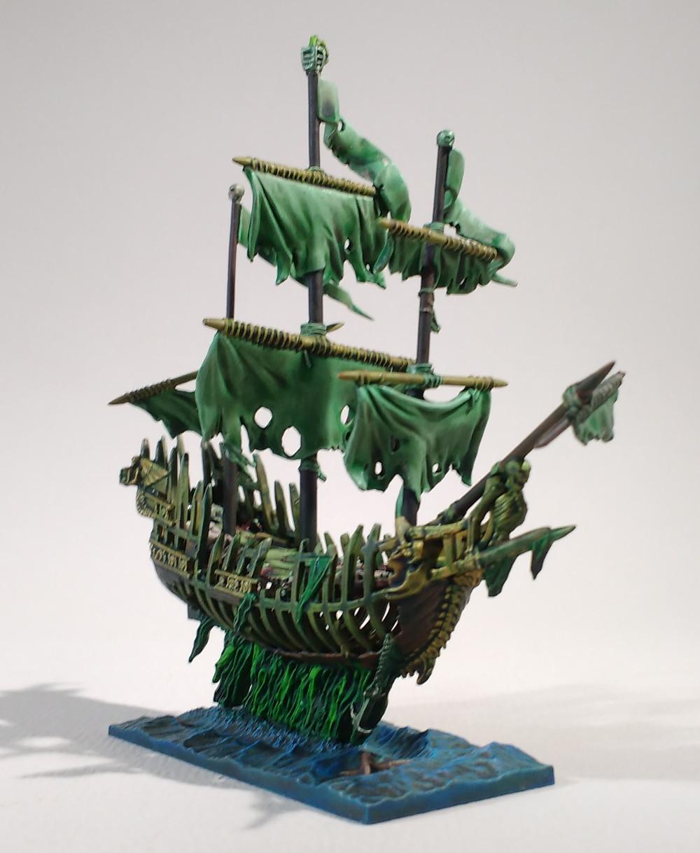 Dreadfleet : des navires dans le monde de Warhammer 17110312252523099315352629