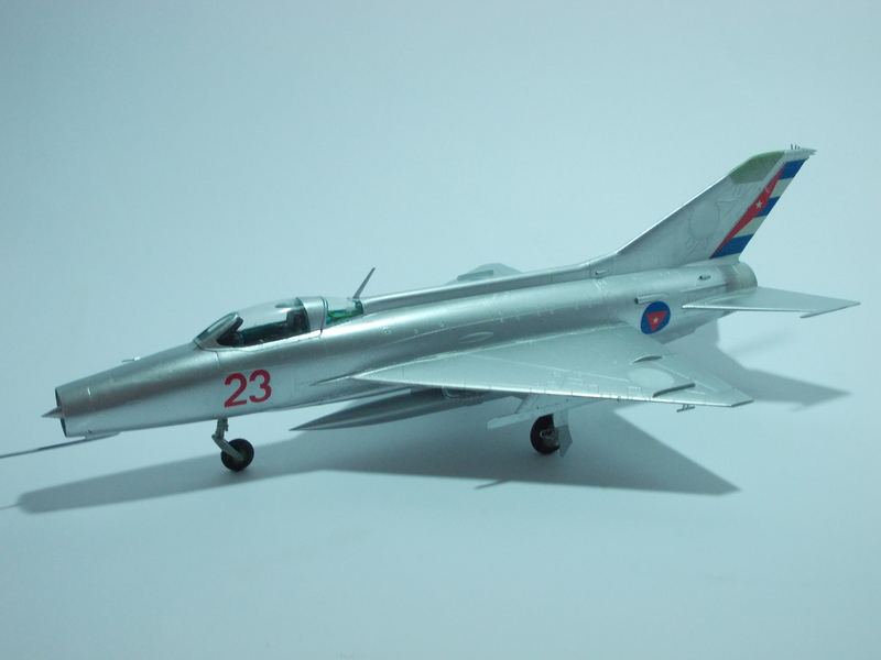 MiG-21 F-13 (Trumpeter 1/48) 17120107041110194415396298