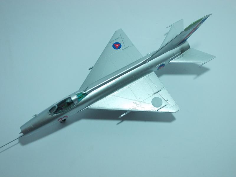 MiG-21 F-13 (Trumpeter 1/48) 17120107045010194415396300