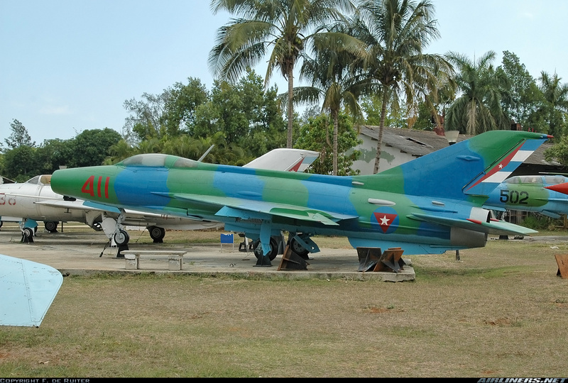 MiG-21 F-13 (Trumpeter 1/48) 17120302055310194415399394