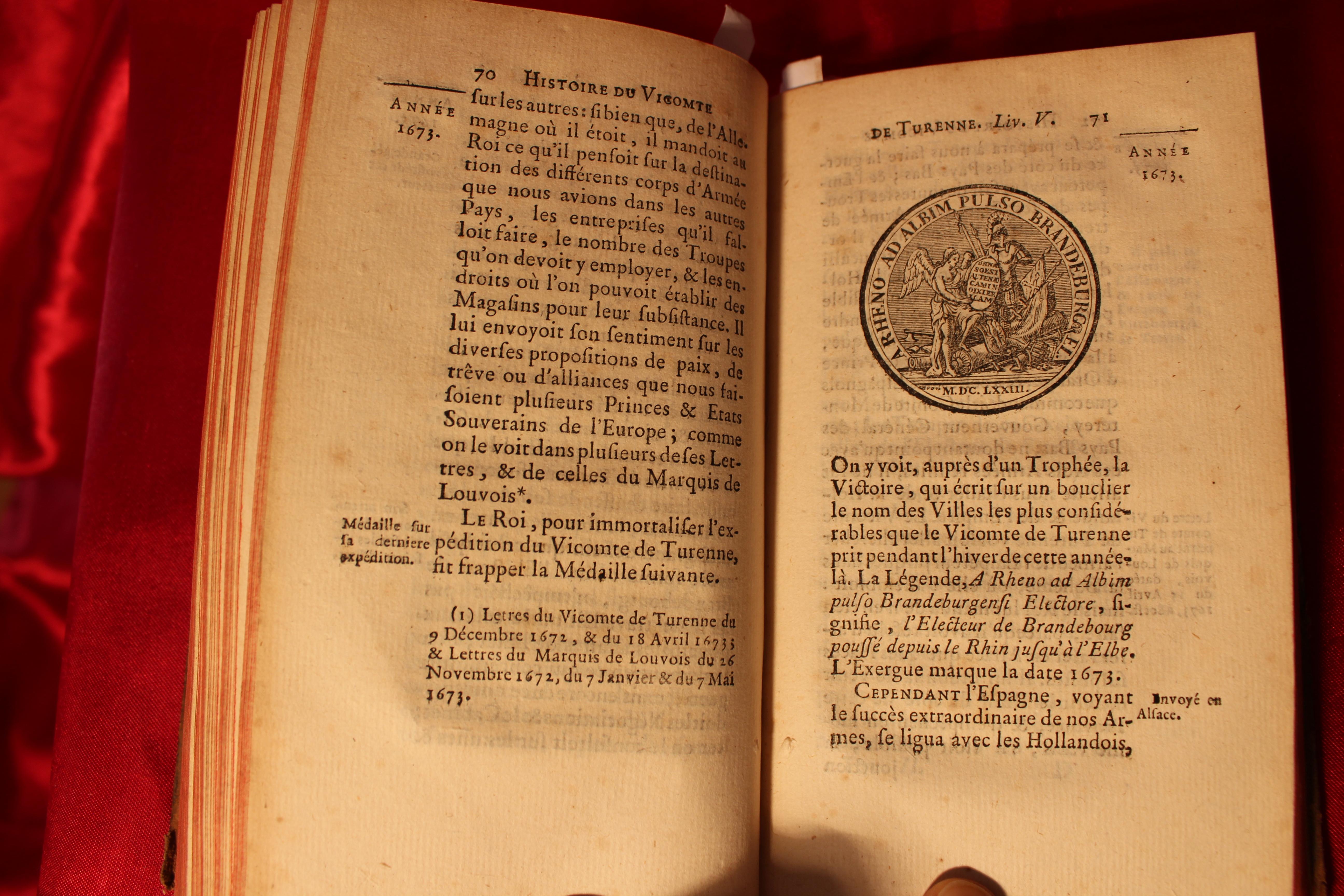 LA18 HISTOIRE DU VICOMTE DE TURENNE COMPLET TOME 1 et 2 RAGUENET  - IMG_0959