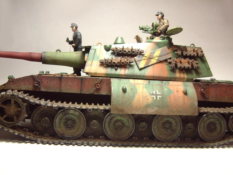 E-100 Super Heavy  Tank - 1/35e [Trumpeter] 1712280159504769015427645