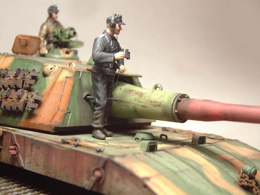 E-100 Super Heavy  Tank - 1/35e [Trumpeter] 1712280200314769015427652