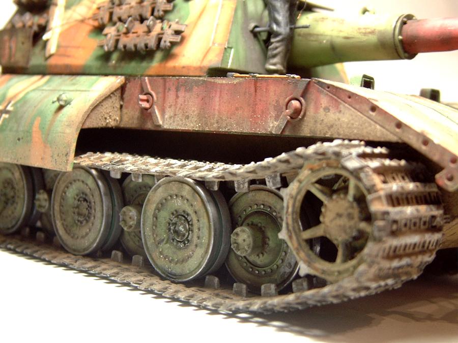 E-100 Super Heavy  Tank - 1/35e [Trumpeter] 1712280200394769015427653
