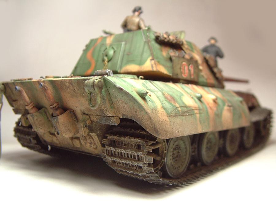 E-100 Super Heavy  Tank - 1/35e [Trumpeter] 1712280200564769015427656