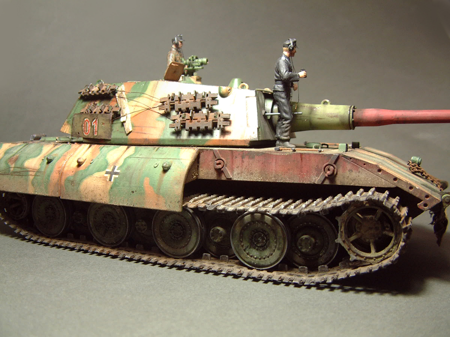E-100 Super Heavy  Tank - 1/35e [Trumpeter] 1712280201174769015427658