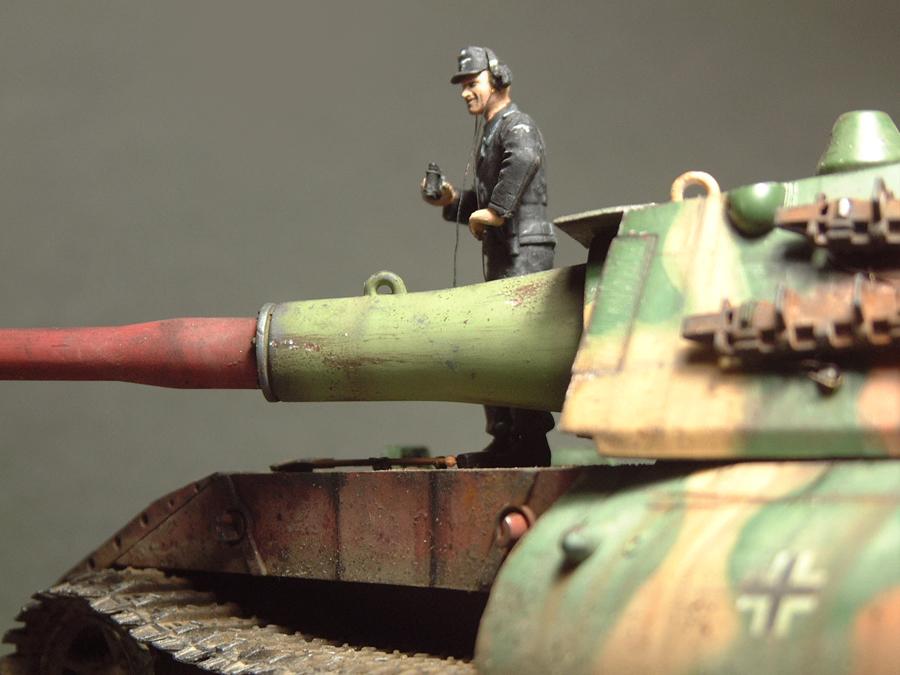 E-100 Super Heavy  Tank - 1/35e [Trumpeter] 1712280202074769015427667