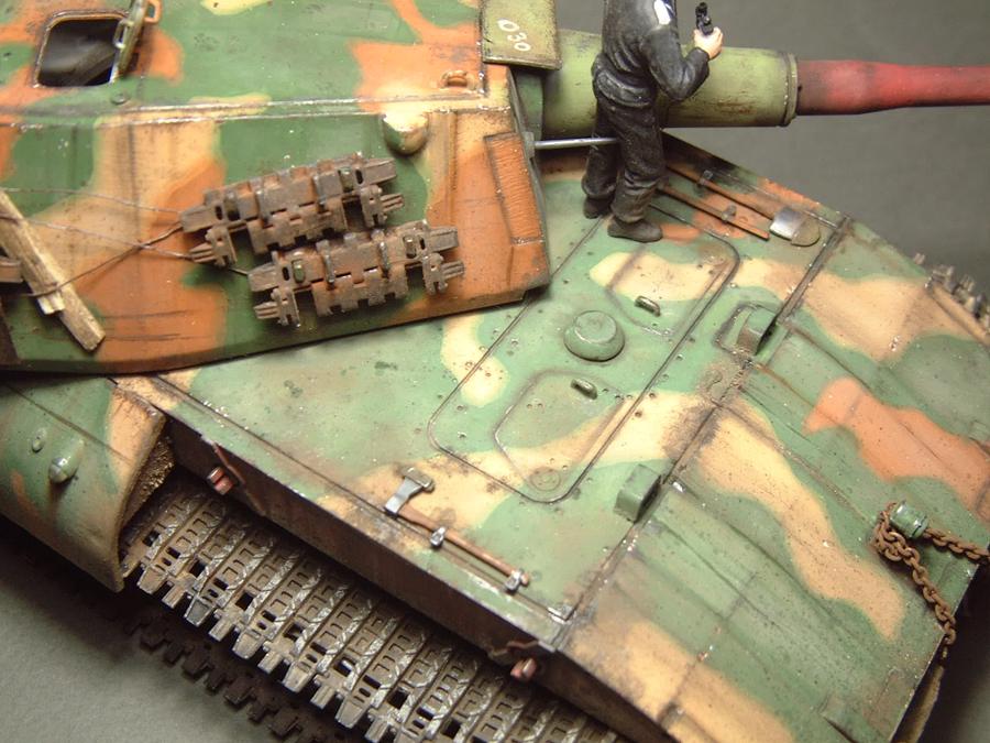 E-100 Super Heavy  Tank - 1/35e [Trumpeter] 1712280203354769015427673