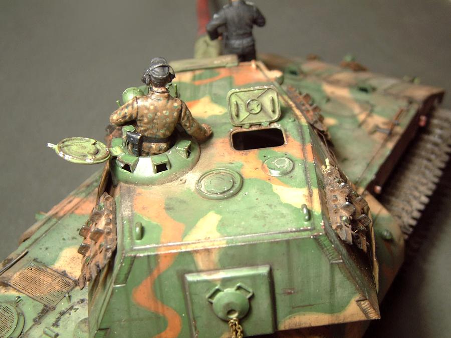 E-100 Super Heavy  Tank - 1/35e [Trumpeter] 1712280203524769015427675
