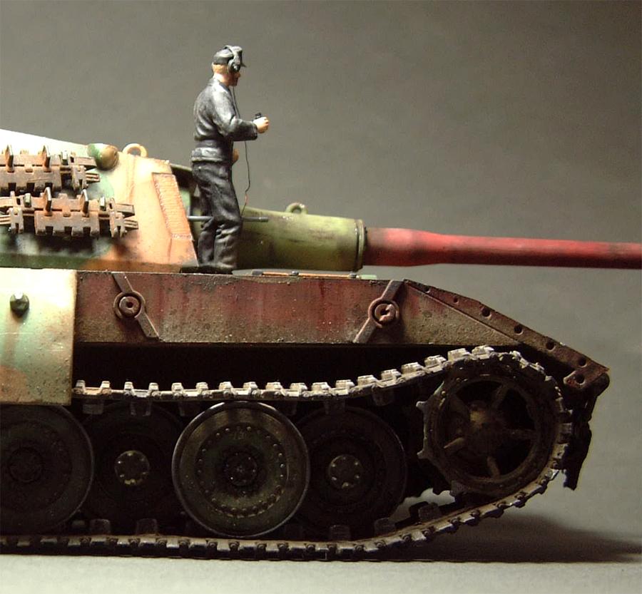 E-100 Super Heavy  Tank - 1/35e [Trumpeter] 1712280204094769015427678