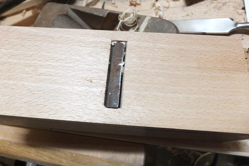 Restauration ? Fabrication d'un petit rabot en bois  17122909403818313815430788