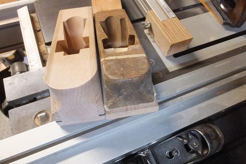 Restauration ? Fabrication d'un petit rabot en bois  17123011103918313815431737