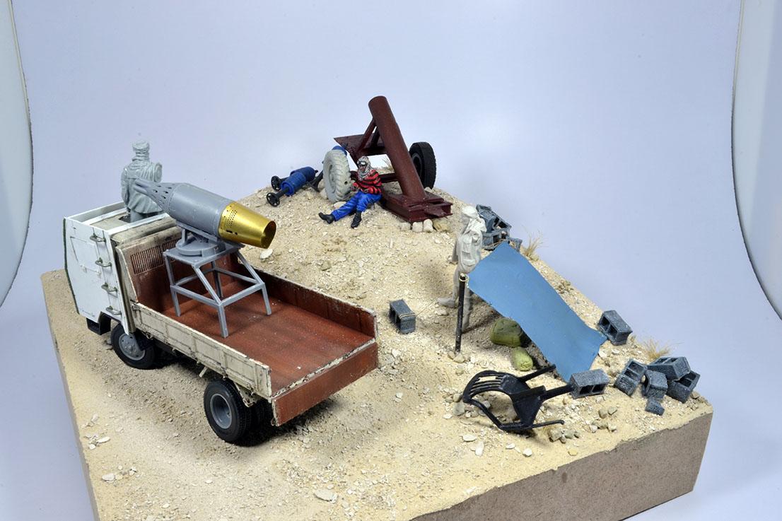 Camion Mitsubishi  blindé 1/35 (DIOPARK) - Page 3 18010810031222494215442168