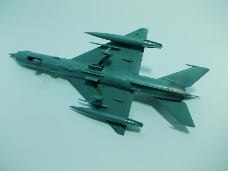 MiG-21 MFN (Eduard 1/48) 18011411541310194415456100
