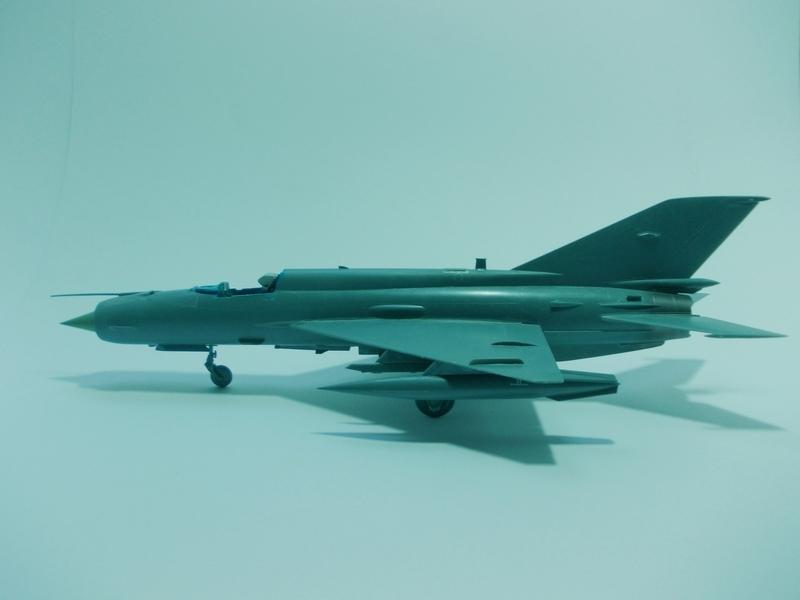 MiG-21 MFN (Eduard 1/48) 18011411541910194415456103