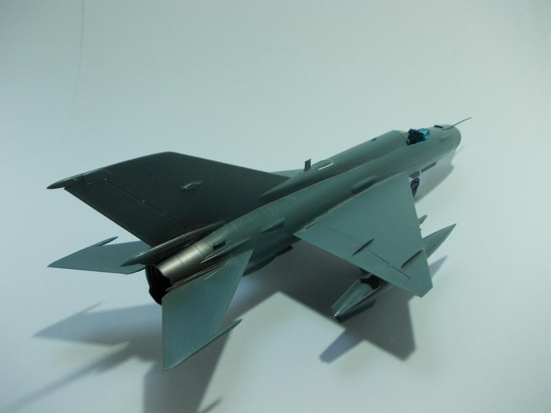 MiG-21 MFN (Eduard 1/48) 18011411542710194415456105
