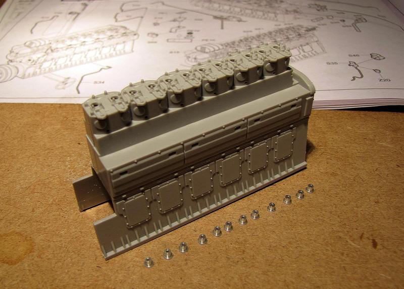 U-552 TRUMPETER Echelle 1/48 - Page 2 18012209592923648415489250