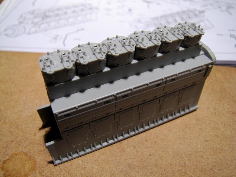 U-552 TRUMPETER Echelle 1/48 - Page 2 18012210110023648415489254