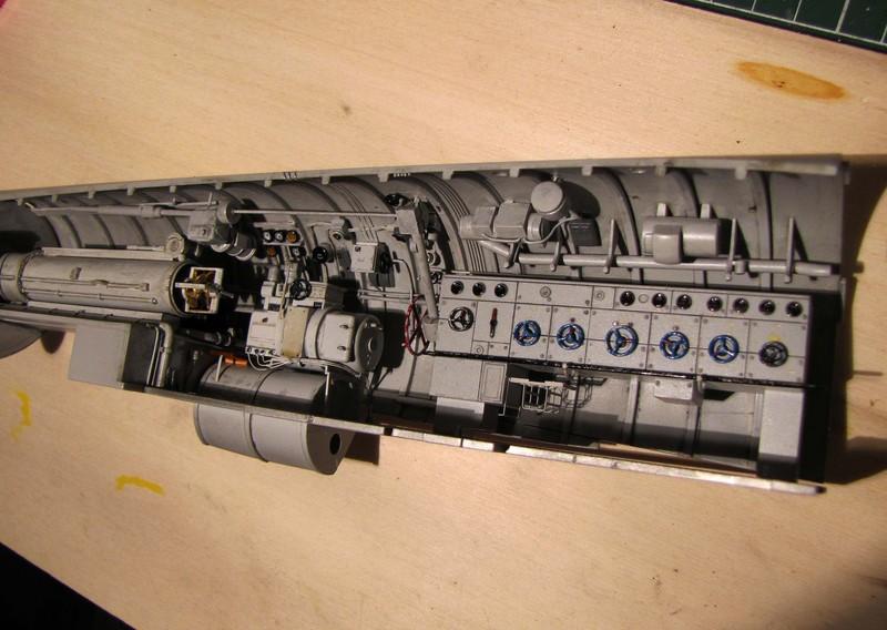 U-552 TRUMPETER Echelle 1/48 - Page 5 18012309222723648415492676