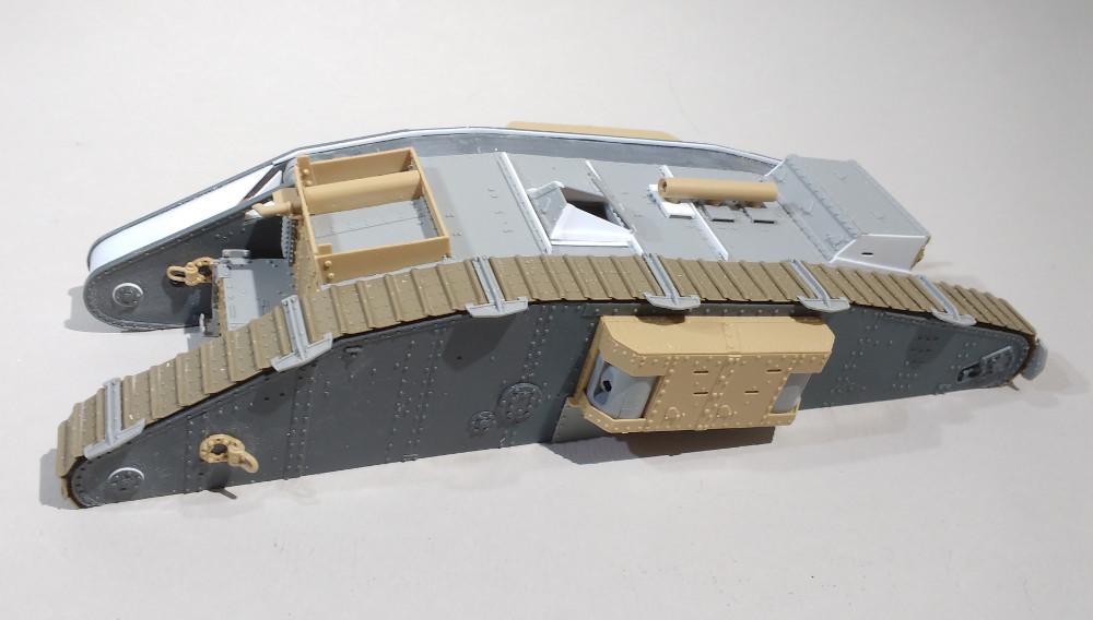 Tank MarkIV un mix Ehmar/Takom au 1/35 18012312181123099315492371