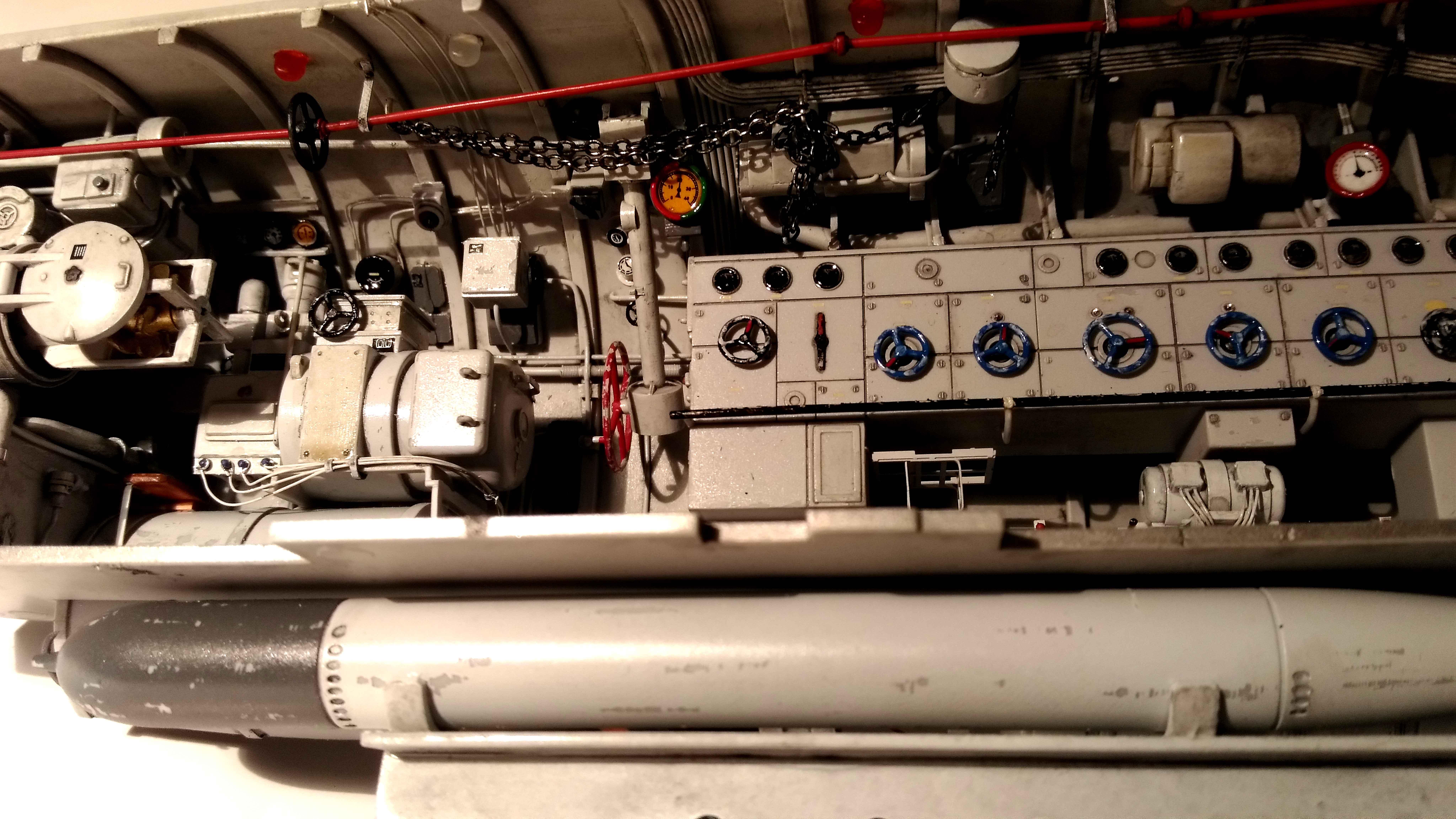 U-552 TRUMPETER Echelle 1/48 - Page 6 18012809530223648415509988