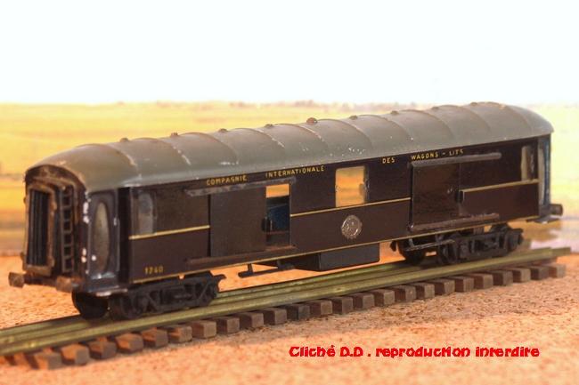 WAGONS MARTIN/FEX-MINIATRAIN 4 éme série 1953/54 1ère partie wagons longueur 23 cm 18020807281416773115544458